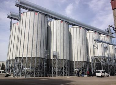 10 45º Hopper Silo in Utebo (Spain)