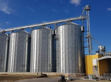 4 Flat bottom silos in Croatia
