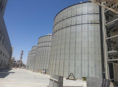 4 Flat bottom silos in Saudi Arabia